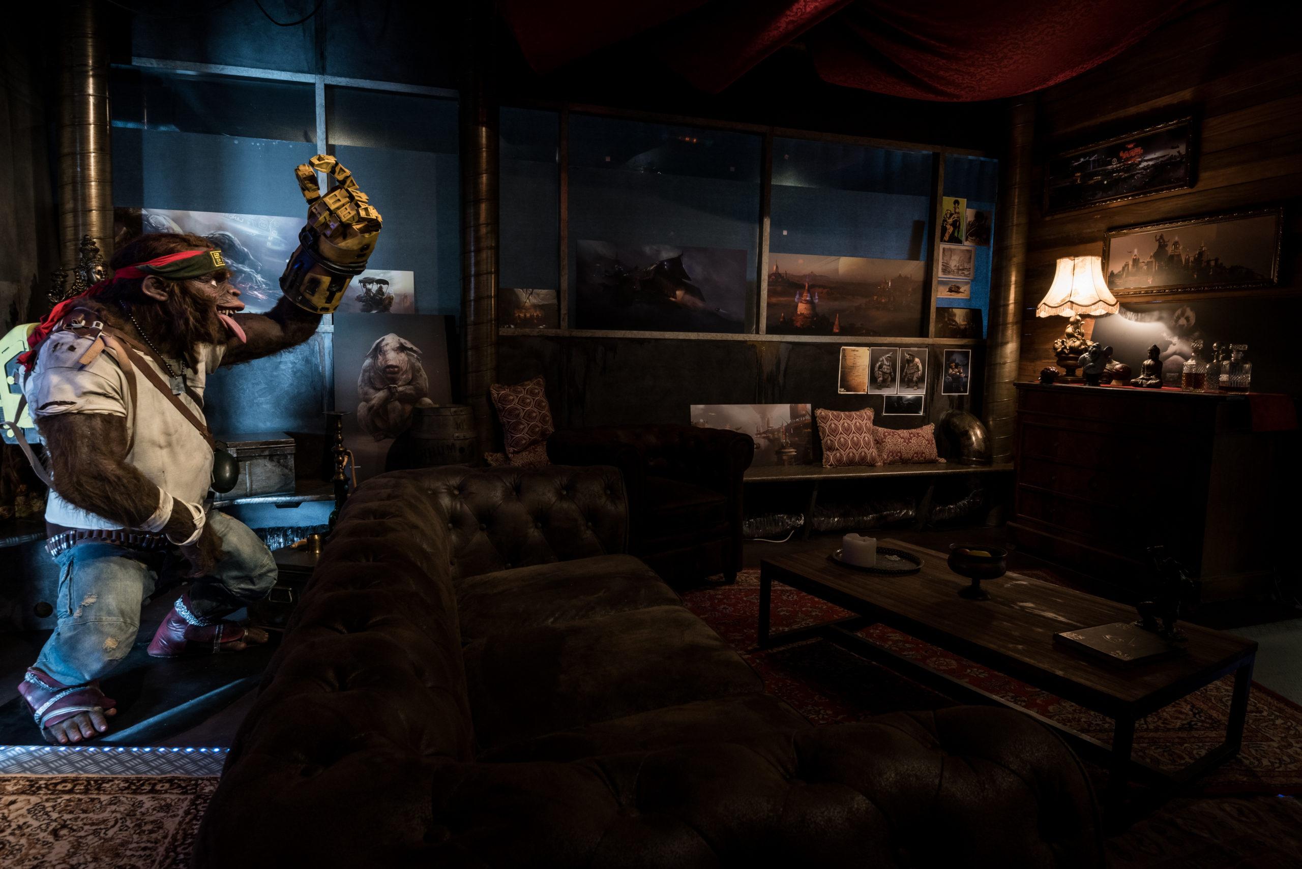 Photographie de la salle de réunion dont les décors sont inspirés d'un jeu vidéo